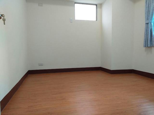 興達港觀海美3房,高雄市茄萣區建中街