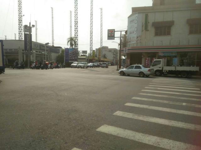 崑科大雙車透天,台南市仁德區長興五街