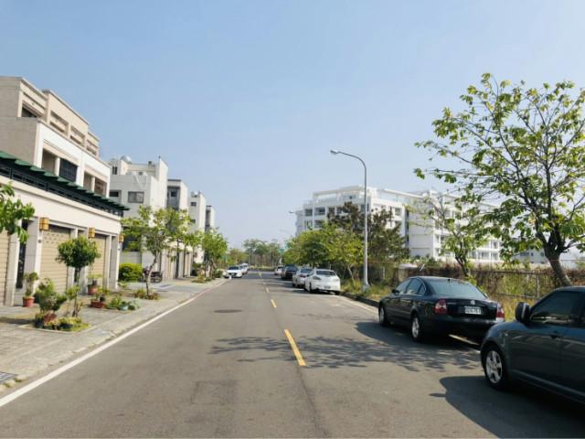 《強銷件》史博館優美雙車墅,台南市安南區館前二路